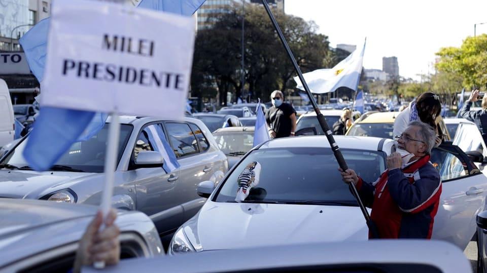 Protestas opositoras en el Obelisco porteño y varias ciudades del país
