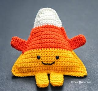http://translate.googleusercontent.com/translate_c?depth=1&hl=es&rurl=translate.google.es&sl=en&tl=es&u=http://www.repeatcrafterme.com/2014/09/cuddly-crochet-candy-corn.html&usg=ALkJrhj3_f_tM8kfLg8WTfSPt78OML91dA