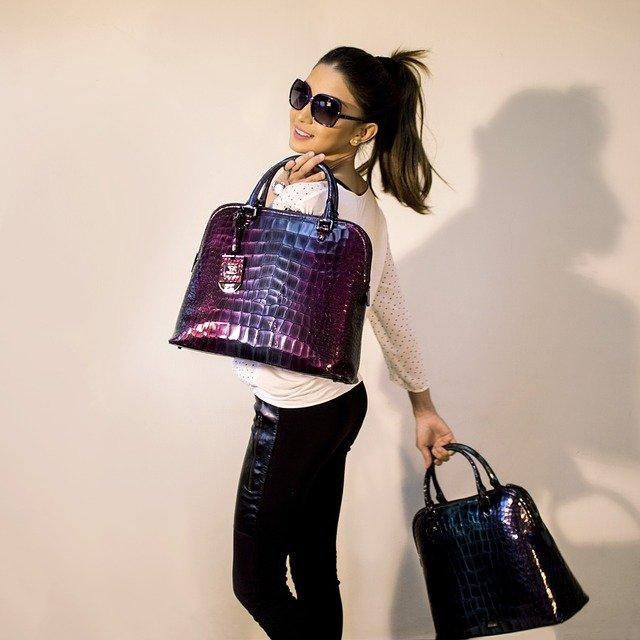 Geometric luminous purses and handbags