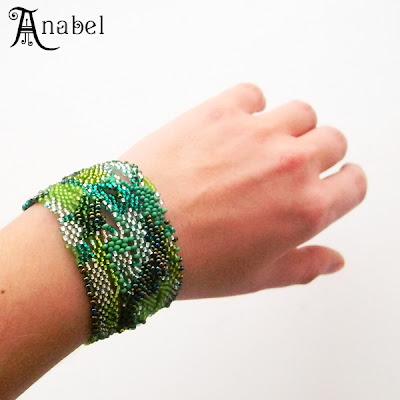 купить браслет из бисера в технике фриформ bracelet beading freeform green зеленый украшения от Anabel