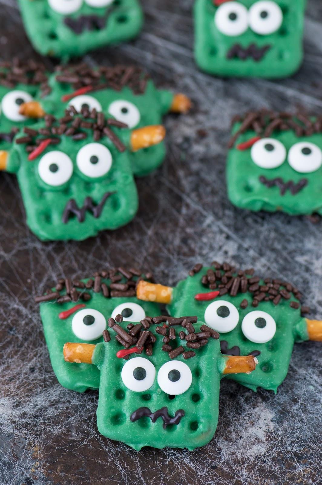 Frankenstein Pretzels #desserts #cakes #snack #yummy #pie