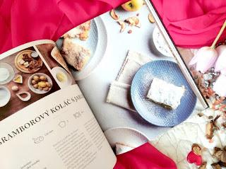 Krkonošská kuchařka (Danka Šárková) – bramborový koláč s jablky