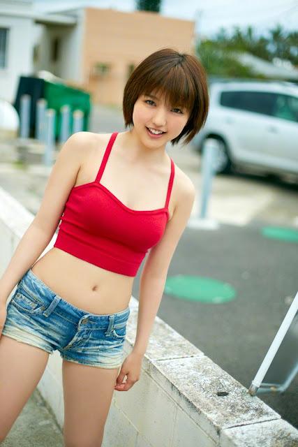 Mano Erina 真野恵里菜 Photos 08