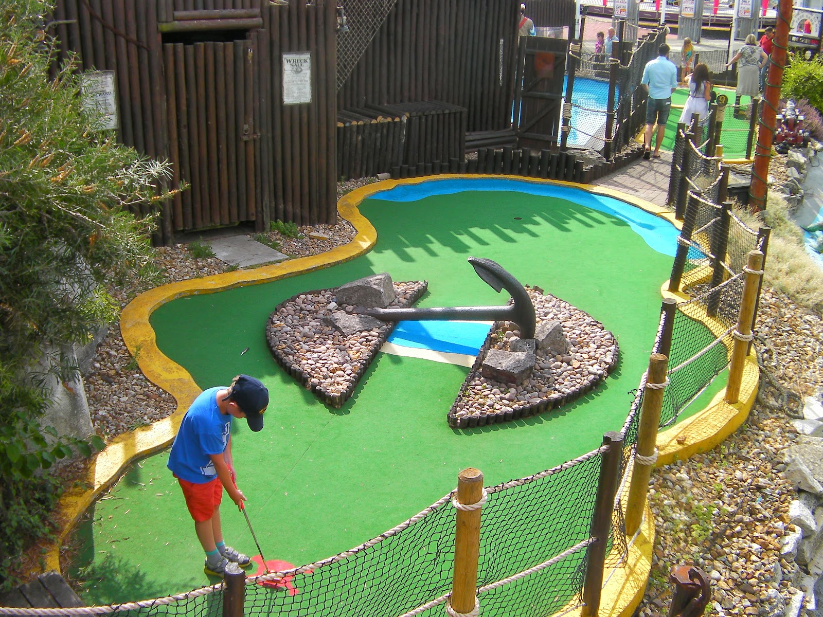 treasure island crazy golf with ropes and anchor