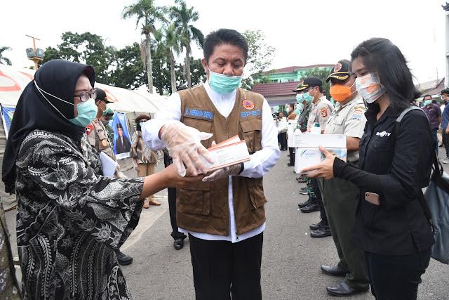 Pemprov Sumsel Mulai Distribusikan 2.000 Set APD ke Kabupaten/Kota