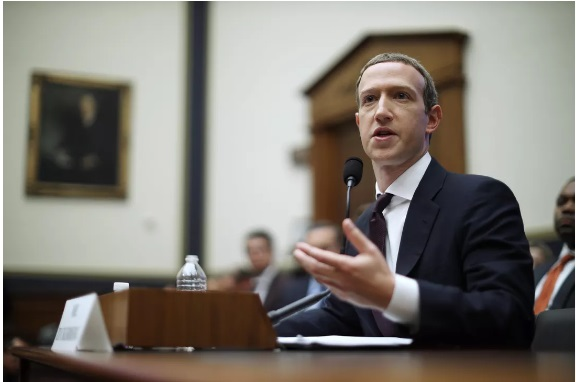 Facebook's oversight board asks for public comment on Trump case