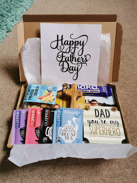 Easy ideas for making an inexpensive letterbox gift for Fathers Day