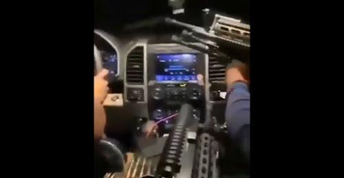 VIDEO: Sicarios del CDG se graban patrullando la Frontera Chica en busca del CDN