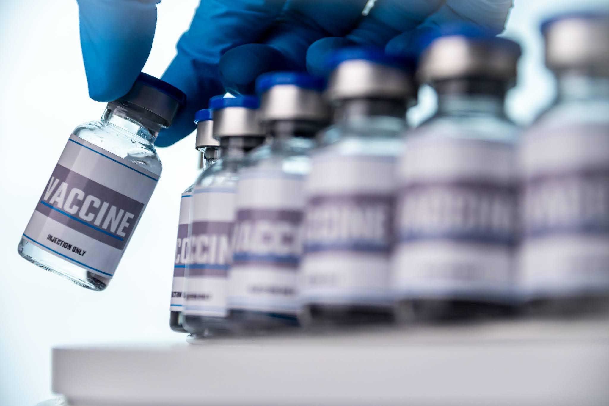 بيانات وتقارير تشير إلى إعطاء أكثر من أربعة مليارات جرعة مضادة vaccine لكورونا حول العالم