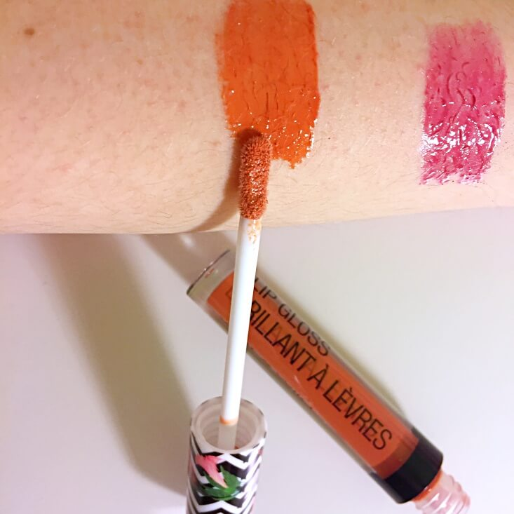 wet n wild coloricon Lip Gloss Pout of Paradise swatch