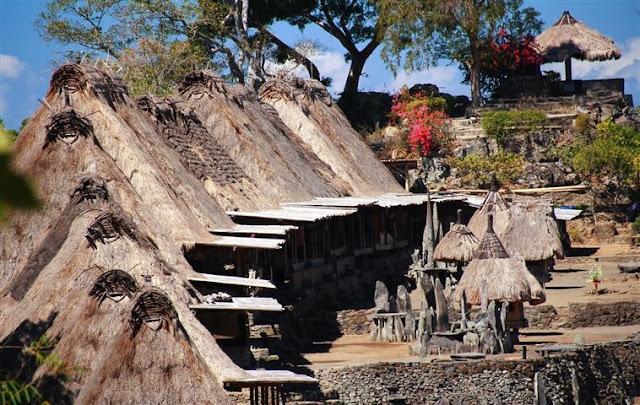 Inilah Desa Dengan Peninggalan Situs Megalitikum Terbesar Di Indonesia