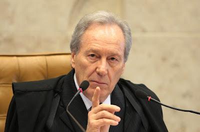 ministro Lewandowski