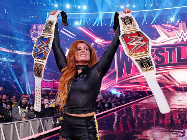 Kalahkan Ronda Rousey dan Charlotte Flair, Becky Lynch Raih 2 Titel WWE