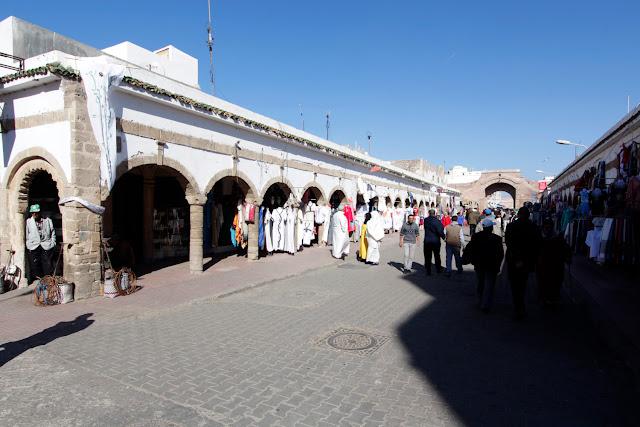 Una de las calles principales de la Medina de Essaouira