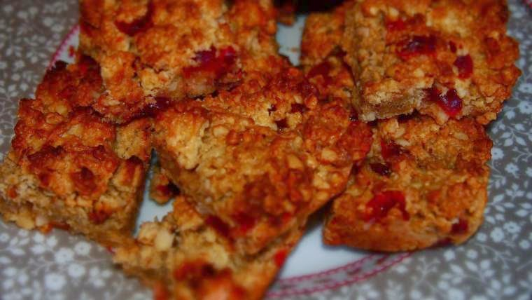 Cherries And White Chocolate Nutty Flapjack
