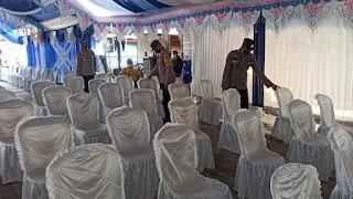 Datangi Resepsi Pernikahan, Kapolsek Anggeraja Berikan Himbauan Protokol Kesehatan