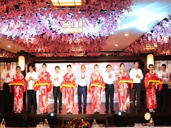 Thủ tướng Chính phủ Nguyễn Xuân Phúc cắt băng khai trương 2 công trình trọng điểm tại Quảng Ninh