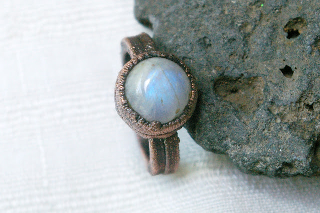 https://www.etsy.com/listing/713707345/rainbow-moonstone-ring-polished-stone