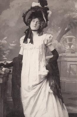 Annabelle Moore