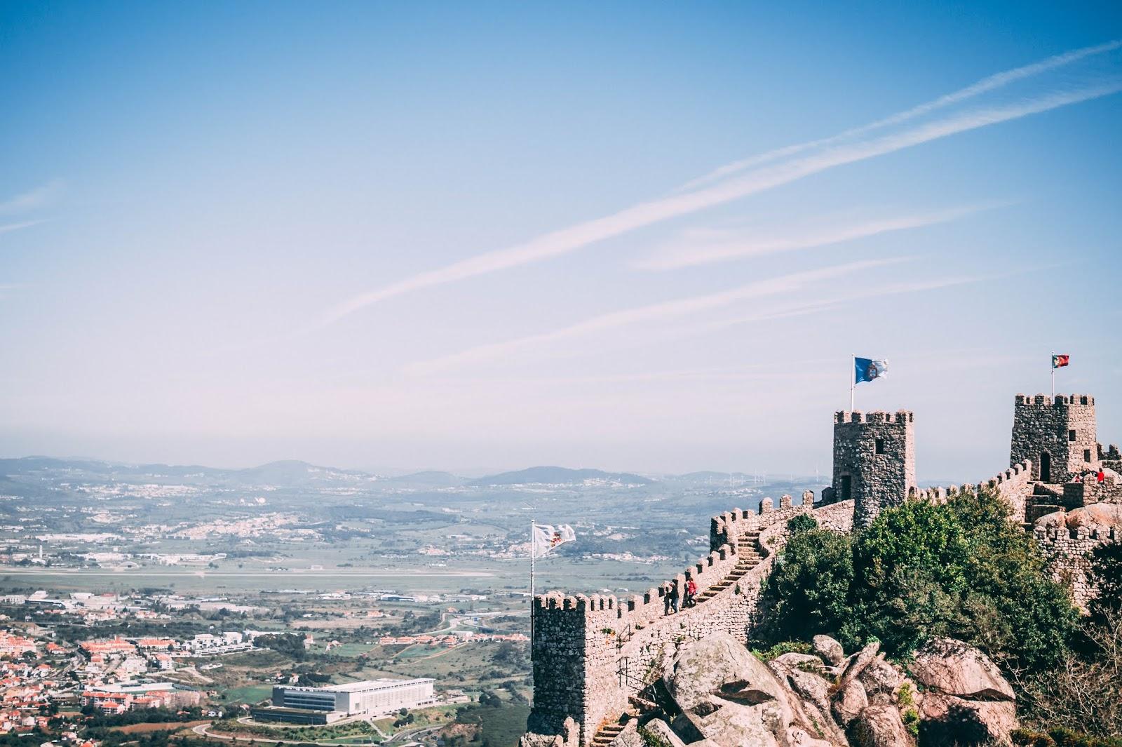 castelo dos mouros sintra guide