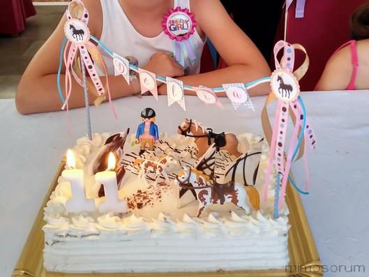 Topper de caballos para tarta de cumpleaños. Horse brithday cake topper.