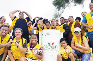 Cleanup at King's Rd. in Nuku'alofa, Tonga