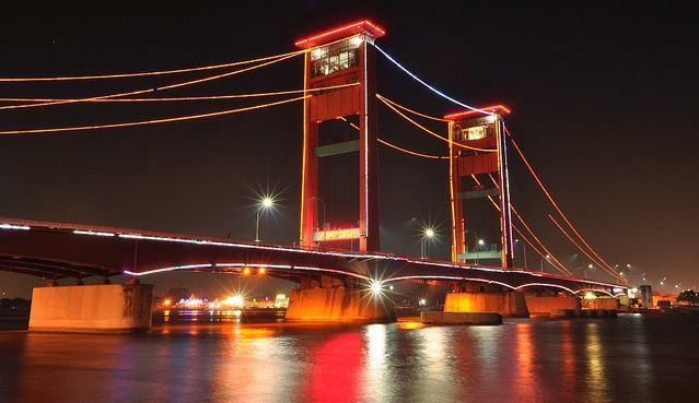 Keindahan Nusantara di Jembatan Ampera Sumatera Selatan
