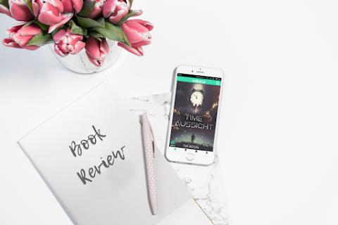 [Book Review] Berpetualang bersama Aliran Waktu dalam Novel Time Aussicht di Cabaca