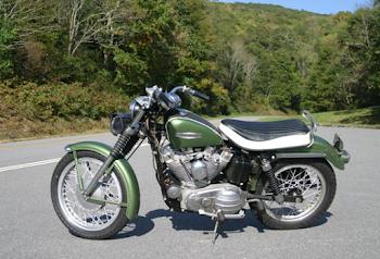 Harley-Davidson XLCH 900 Sportster Average Mileage (1971) - Per Liter, Kmpl & More