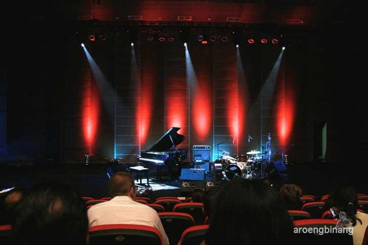 panggung konser e.s.t jakarta