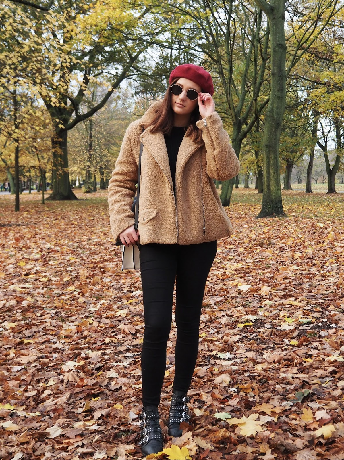 The Teddy Bear Coat Missguided - LAUREN ROSE STYLE - Autumn Style Fashion Blogger - London Street Style