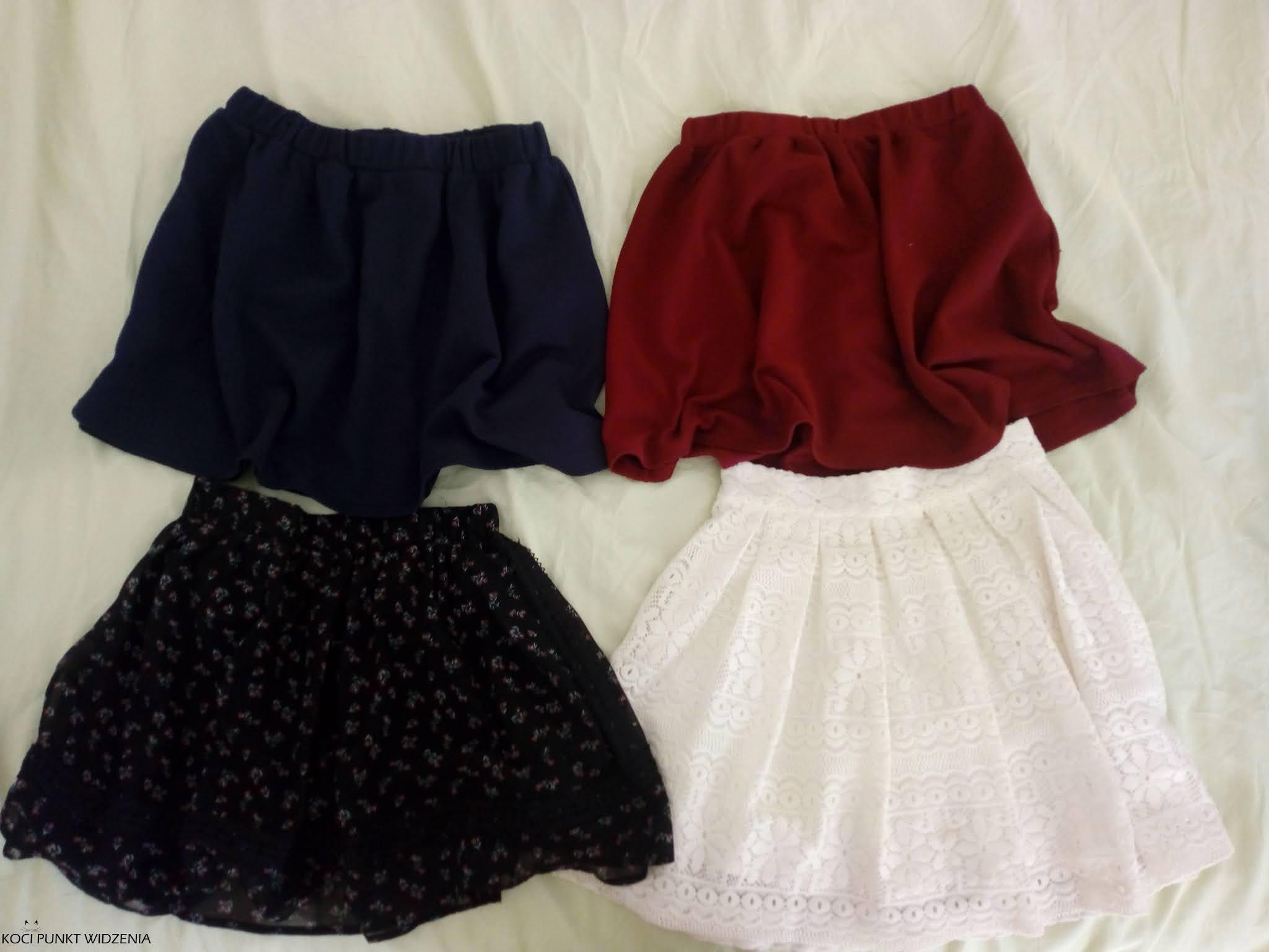 capsule wardrobe spódniczki