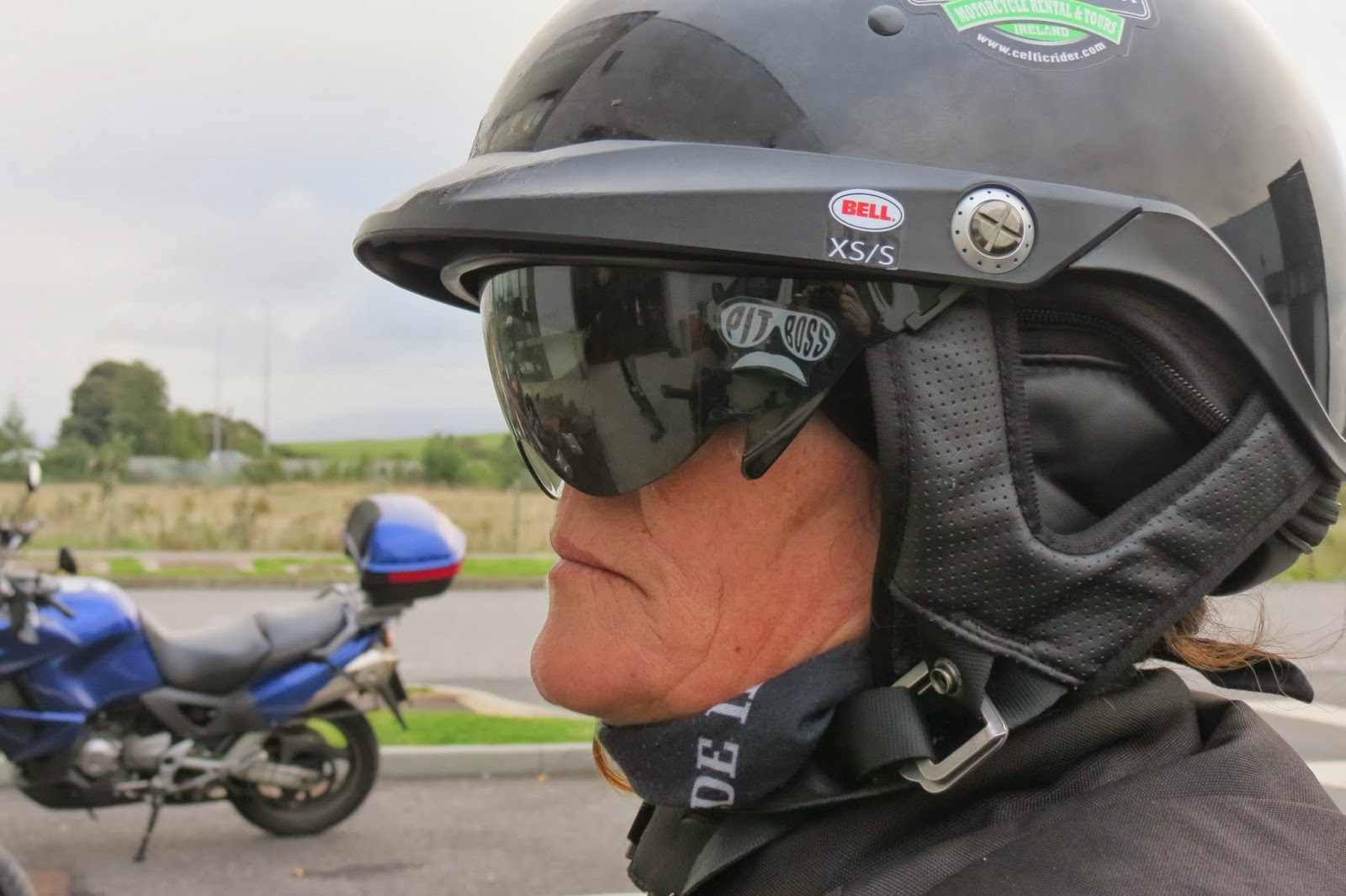 "Motorcycle Helmets Dot >> Bell's ""Pit Boss"" Helmet Survives a real life Crash Test ..."
