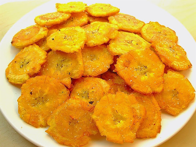tostones must try food dominican republic