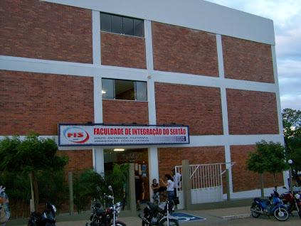 Resultado de imagem para A Faculdade de Integração do Sertão serra talhada