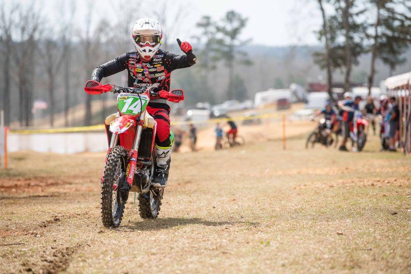 Ruy Barbosa gana el primer podio en GNCC de Estados Unidos