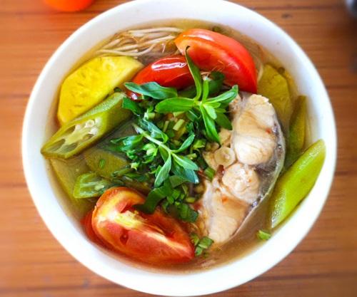 Cách nấu canh chua cá bớp