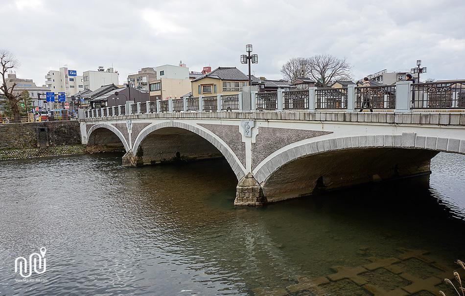 สะพาน Ume-no Hashi