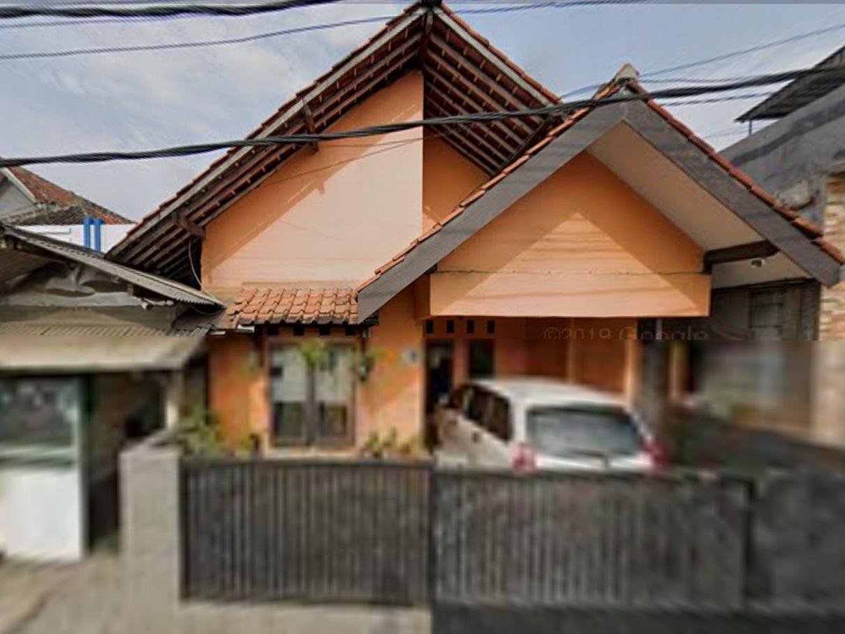 Lokasi proyek Renovasi interior (renovasi ruangan dalam)rumah 1 lantai  milik ibu Dede di Jl.Raya Cilendek/Jl.Brigjen Saptadji Hadiprawira,cilendek, Bogor tahun 2010 (foto via google street view @2019)