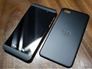 Cara Menambahkan Kontak BBM di Blackberry OS 10