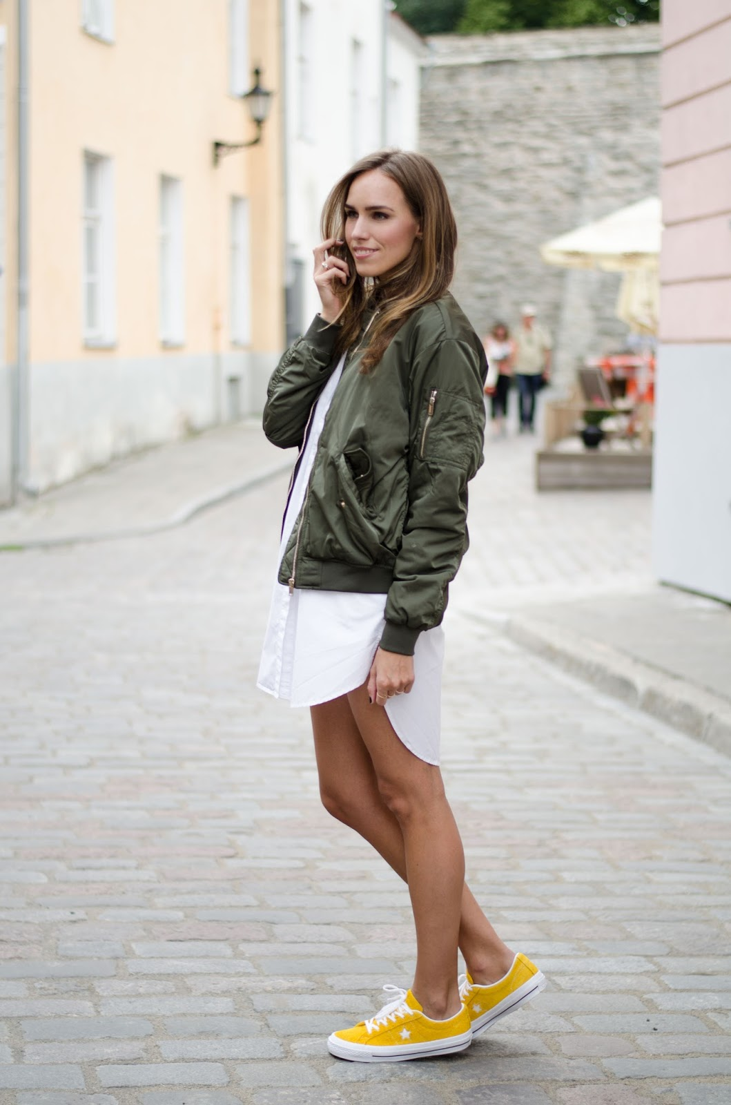 summer green bomber jacket outfit