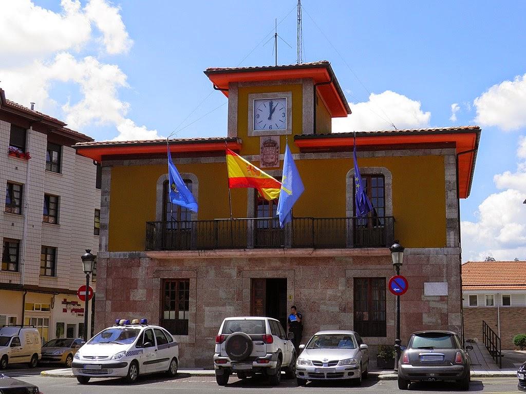 Imagen actual de la casa consistorial de Arriondas