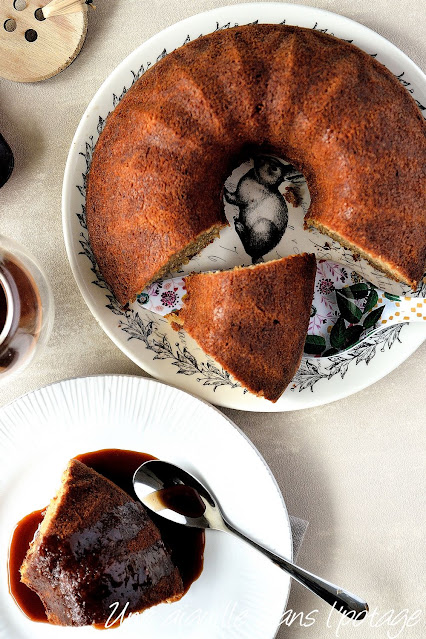 banana bread-bundt-cake-helen-goh