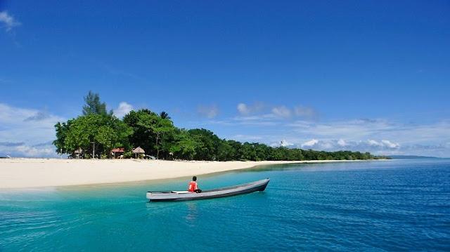 Spot Memancing yang menantang di Pantai Nunuhu Morotai