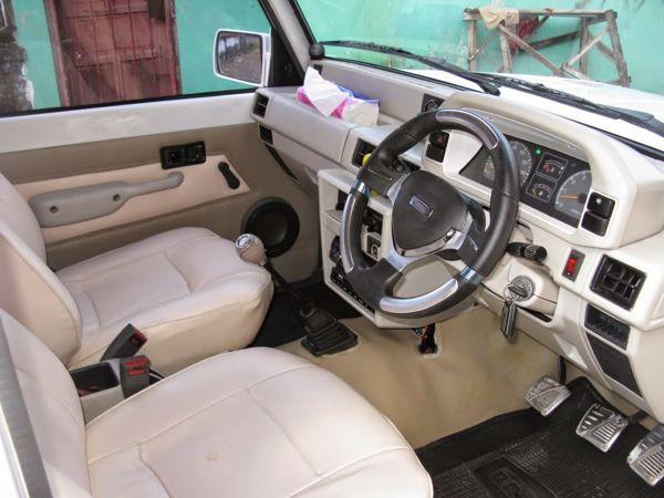 Interior Mobil Masih Orisinil