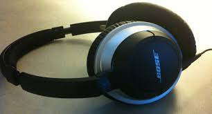 BOSE AIMS HIGH WITH ITS NEW 700 HEADPHONE|CHECK IT OUT BEFORE IT CHECKS OUT|