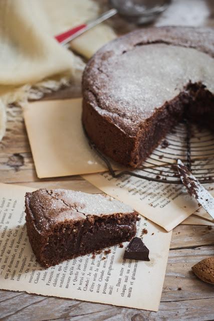 Torta caprese, gâteau fondant au chocolat et amandes