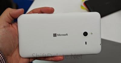 Lumia 1330 lộ thông số kỹ thuật