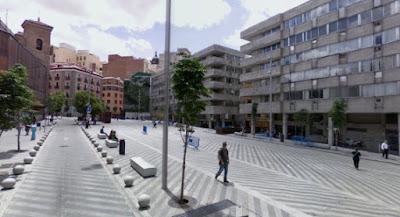 Feeds rss search drone en torno a esta plaza que antao fue de las ms peligrosas de la capital pero con esos das ya pasados orbita lo que podramos llamar la milla de oro del fandeluxe Choice Image
