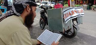 Umar penjual kebab asal Argentina, sehari baca alquran sampai 5 juz